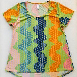 Lularoe Fun Colotful Tshirt Medium Size